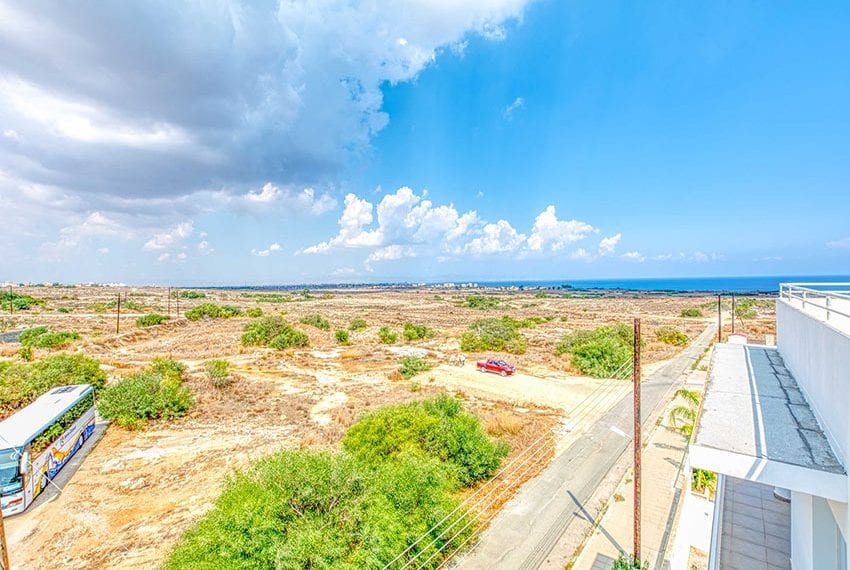 Apartment for sale with sea view roof terrace and jacuzzi28