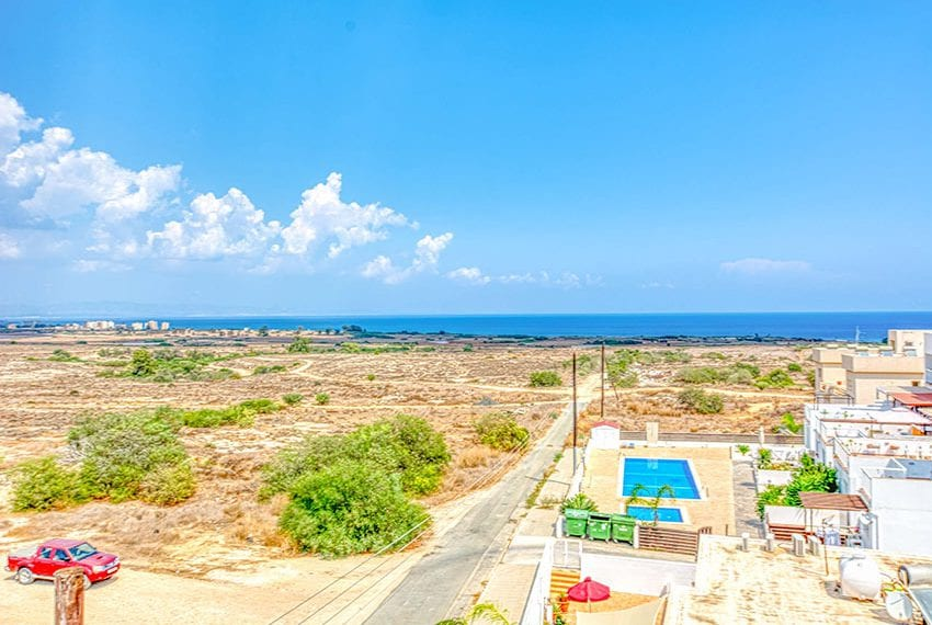 Apartment for sale with sea view roof terrace and jacuzzi31