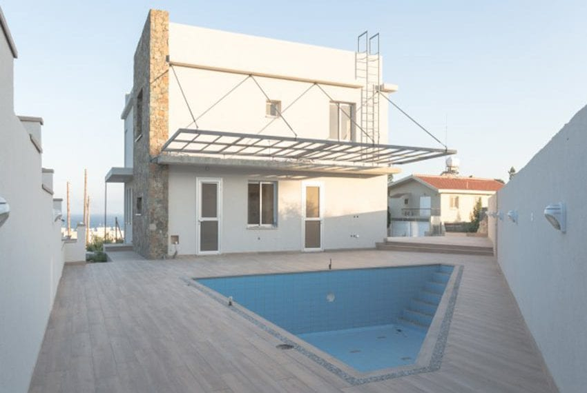 Luxury 4bed villa in Ayios Tychonas09