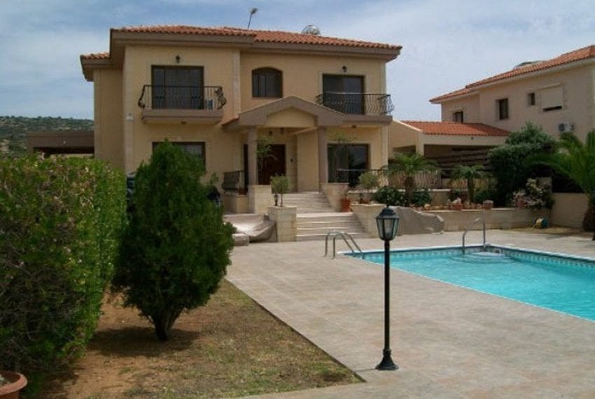 Beautiful 5 bed villa in Moutayiaka16