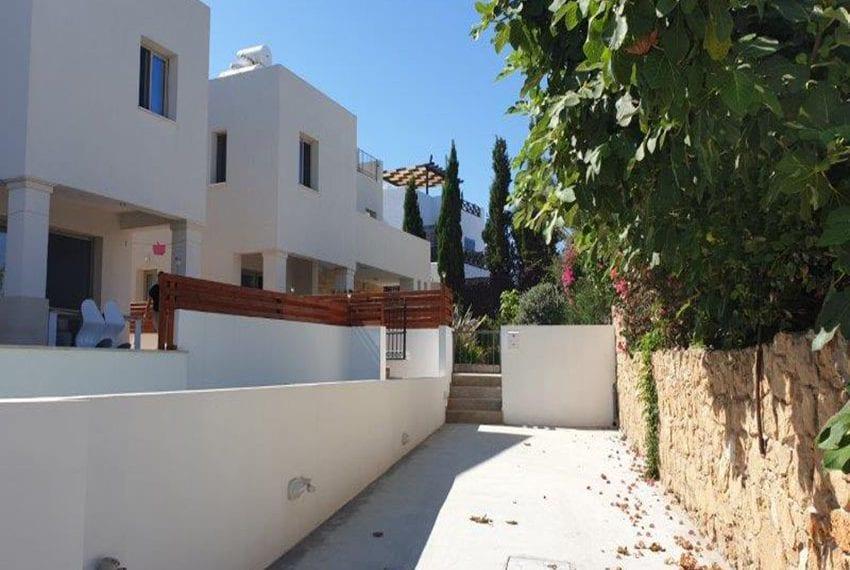 Beach villa for sale in Chloraka Pafos