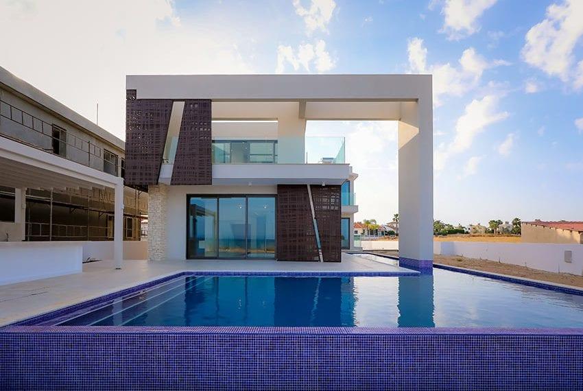Sea front villas for sale in Ayia Napa Cyprus01