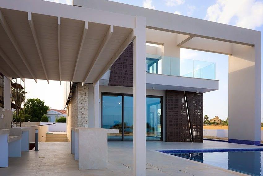 Sea front villas for sale in Ayia Napa Cyprus02