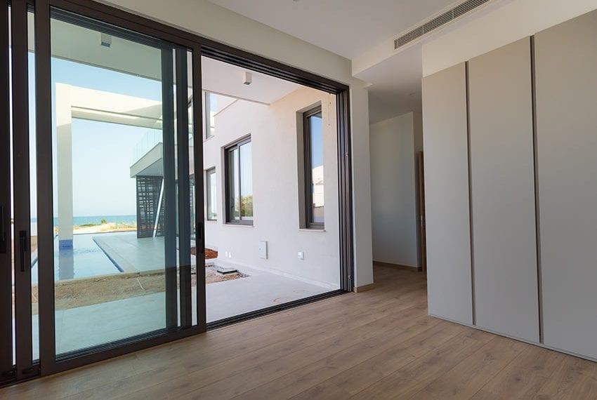 Sea front villas for sale in Ayia Napa Cyprus09