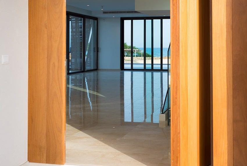 Sea front villas for sale in Ayia Napa Cyprus11