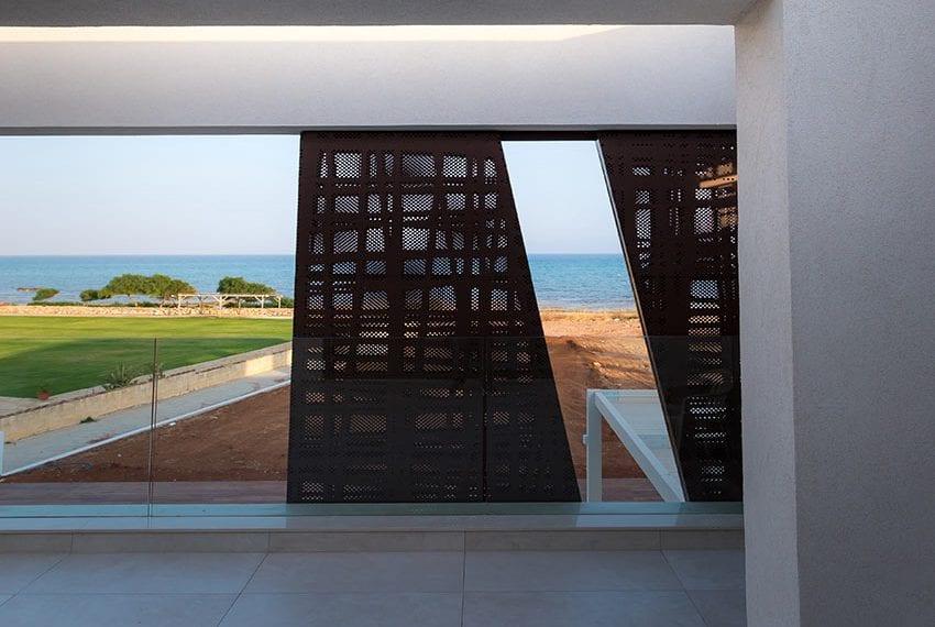 Sea front villas for sale in Ayia Napa Cyprus27