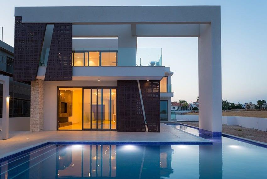 Sea front villas for sale in Ayia Napa Cyprus39