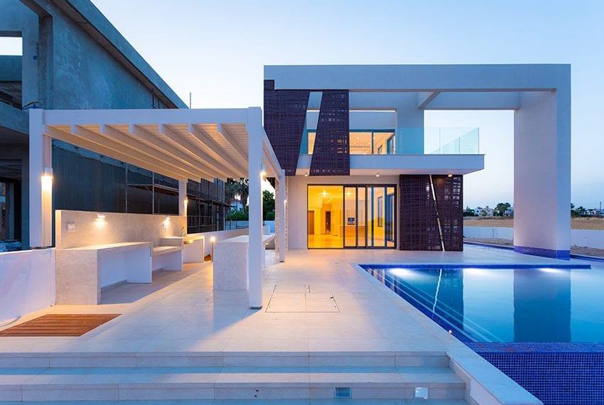 Sea front villas for sale in Ayia Napa Cyprus40