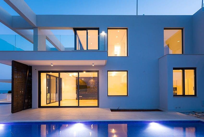 Sea front villas for sale in Ayia Napa Cyprus42