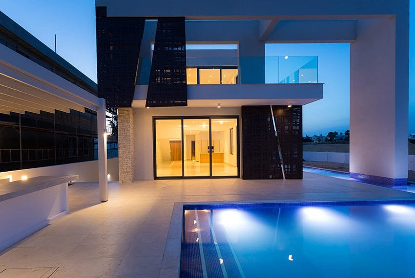 Sea front villas for sale in Ayia Napa Cyprus45