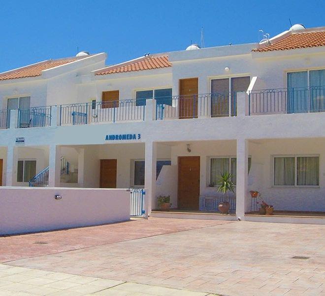 Apartment for sale near Polis camp site