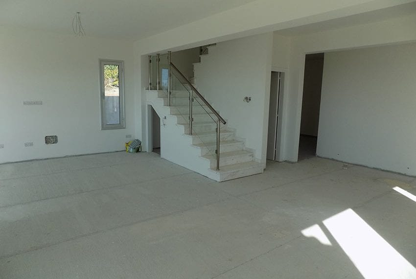 New-villa-for-sale-near-beach-in-Kissonerga06