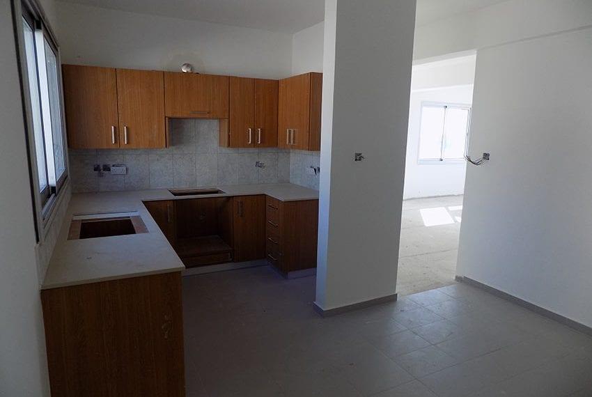 New-villa-for-sale-near-beach-in-Kissonerga09