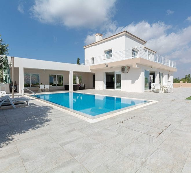 For sale 4 bedroom villa Saint Panteleimon