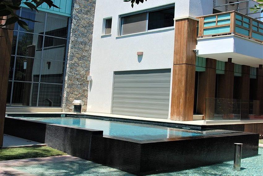 Resale luxury villa near St Rapahel marina Limassol01