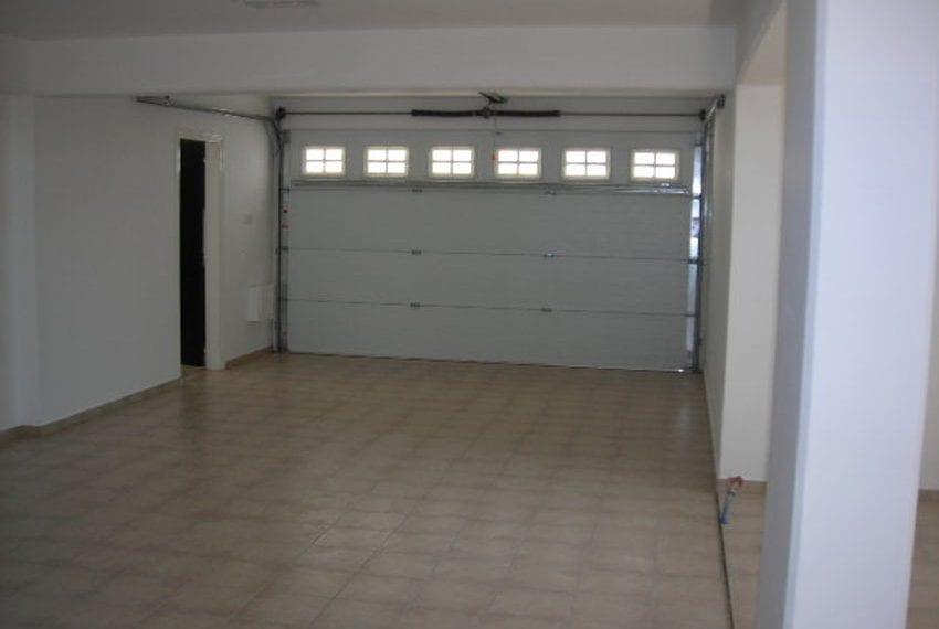 Spacious 4 bedroom villa for sale inSpacious 4 bedroom villa for sale in Anarita Anarita18