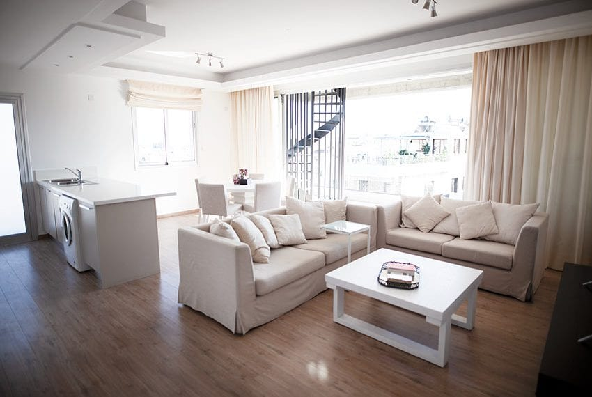 Penthouse for sale with jacuzzi Limassol City center