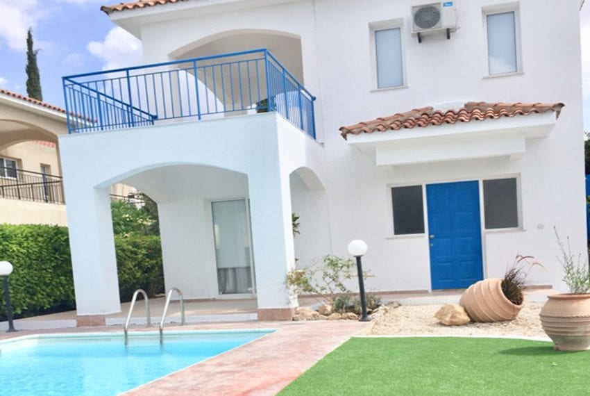 Detached 3 bed 3 bath villa with pool for sale Peyia