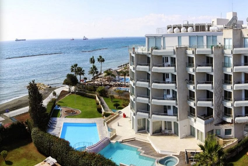 Beach front apartments for rent Limassol