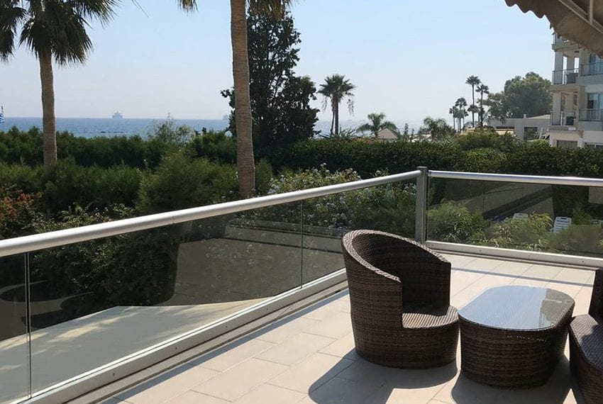 Beach front apartment for rent in Limassol