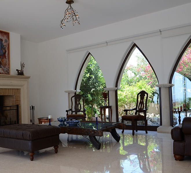 Magnificent 5 bedroom villa for rent Tremithousa