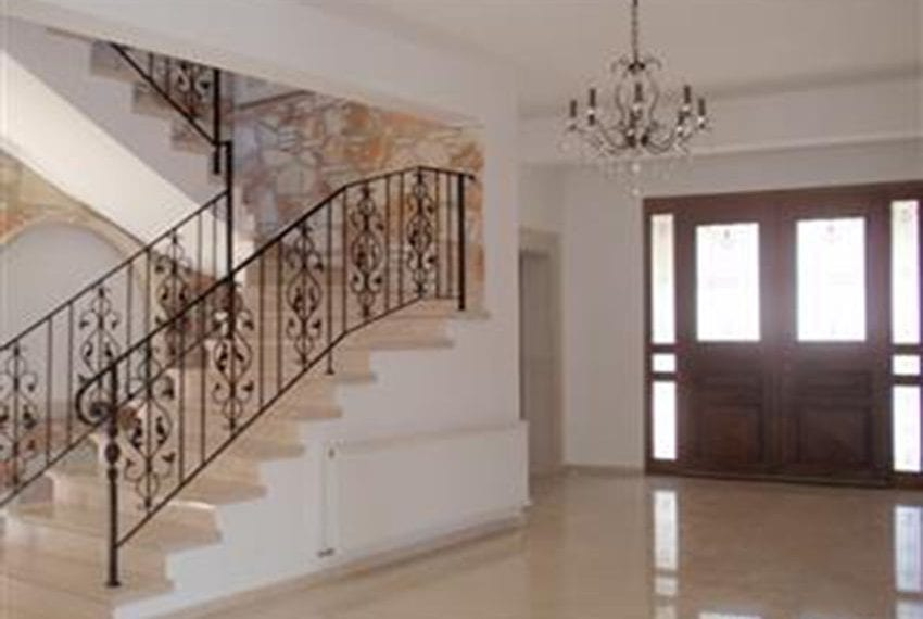 Magnificent 5 bedroom villa for rent Tremithousa10