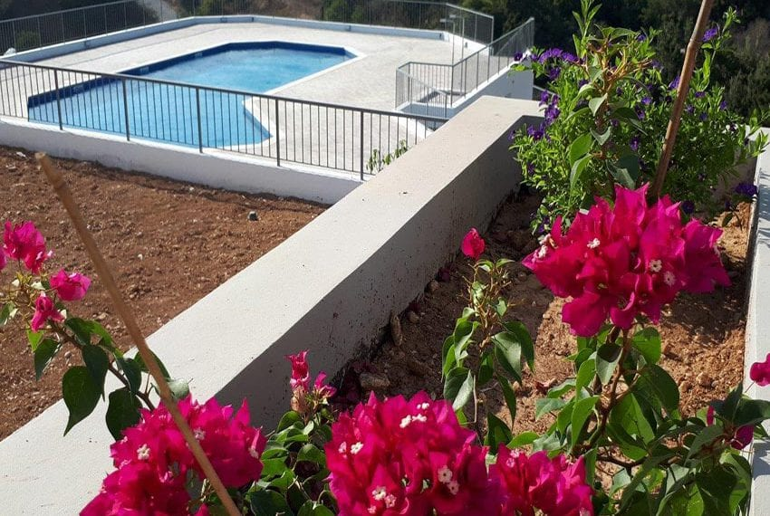 Modern 3 bedroom town house for rent in Tala02