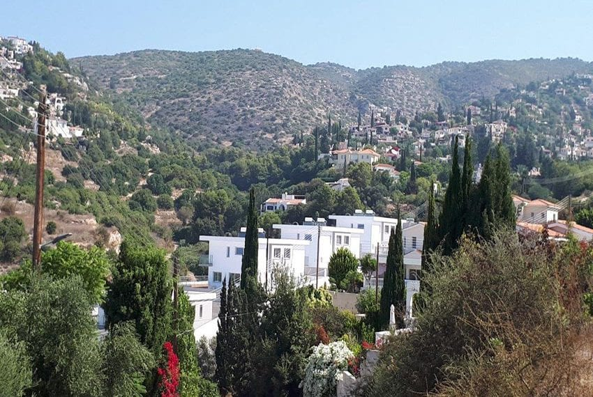 Modern 3 bedroom town house for rent in Tala03