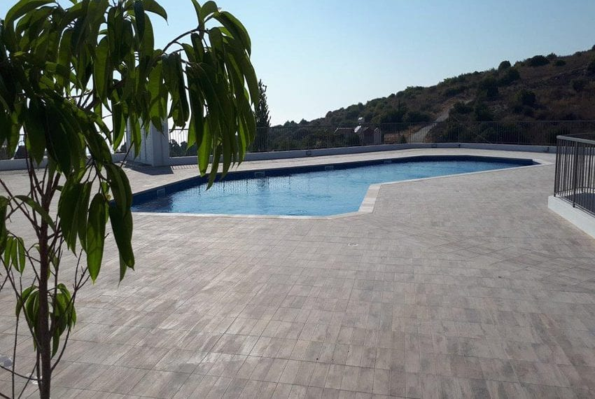 Modern 3 bedroom town house for rent in Tala06