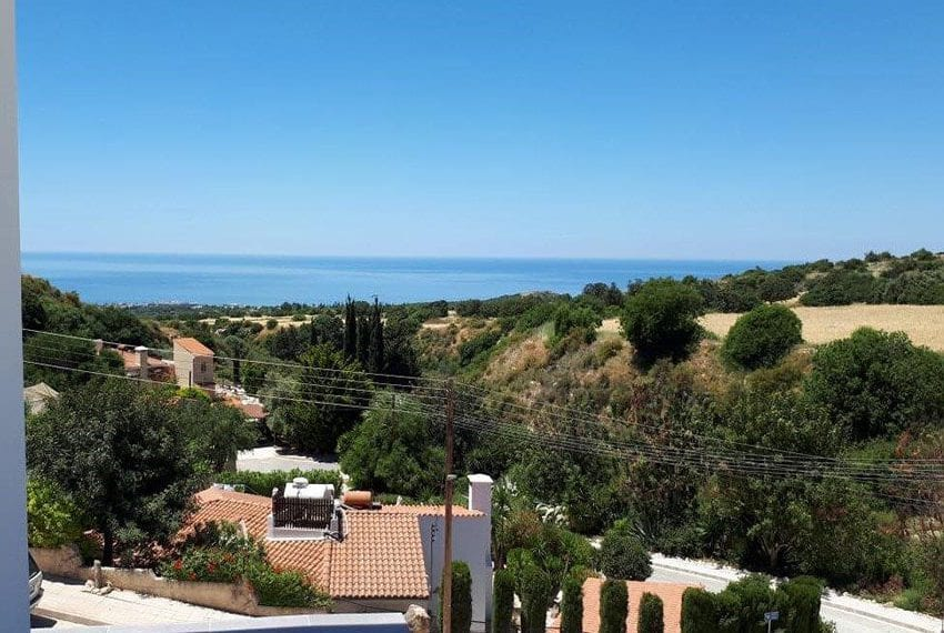 Modern 3 bedroom town house for rent in Tala11