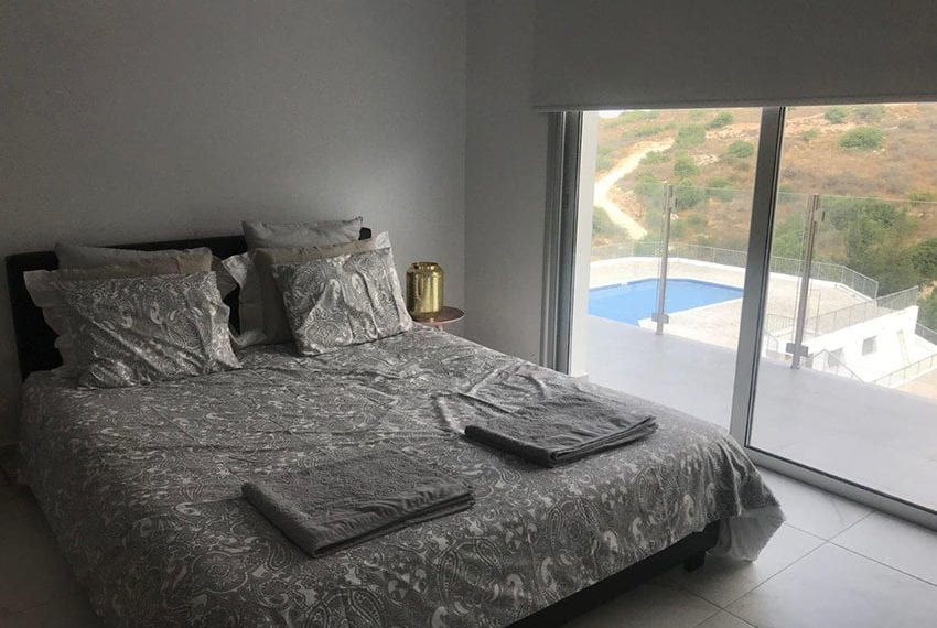 Modern 3 bedroom town house for rent in Tala20