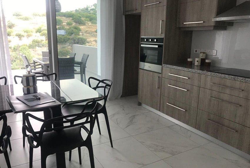Modern 3 bedroom town house for rent in Tala25