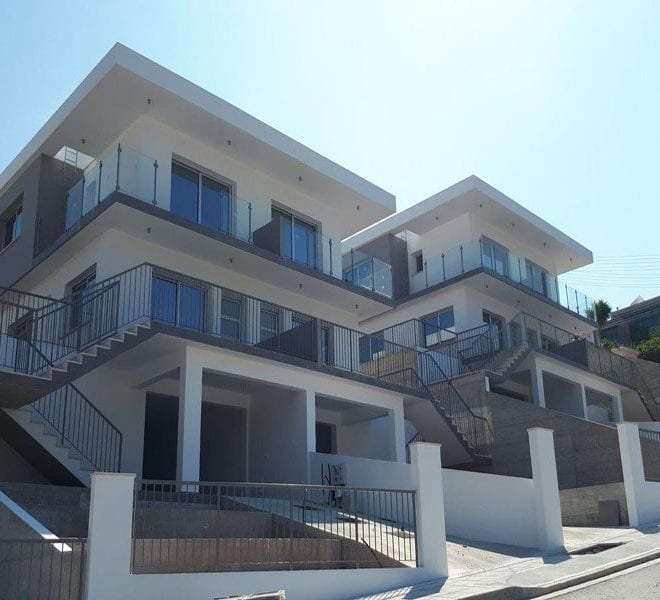 Modern semi detached house with anex for rent in Tala