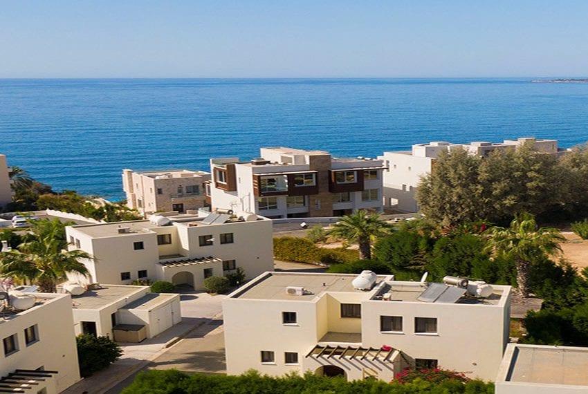 Villa for sale in Kissonerga private pool sea views05