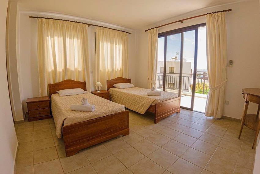Villa for sale in Kissonerga private pool sea views08