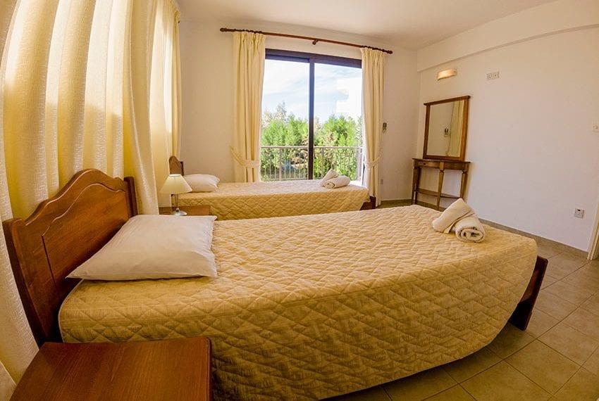 Villa for sale in Kissonerga private pool sea views09