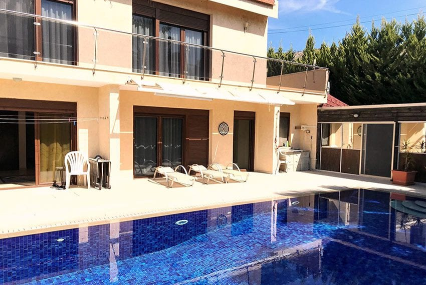 5 bed villa plus 2 unfinished villas for sale Limassol