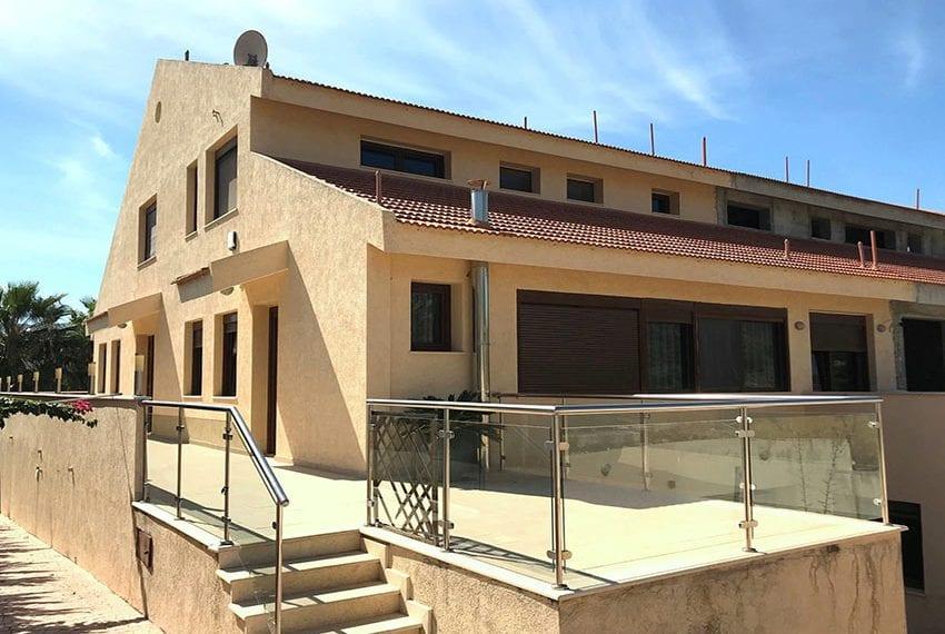 5 bed villa plus 2 unfinished villas for sale Limassol21