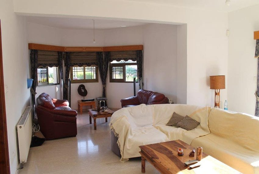3 bedroom apartment with deeds Pano Pafos07