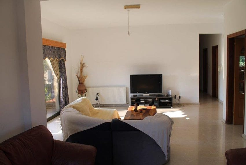 3 bedroom apartment with deeds Pano Pafos08