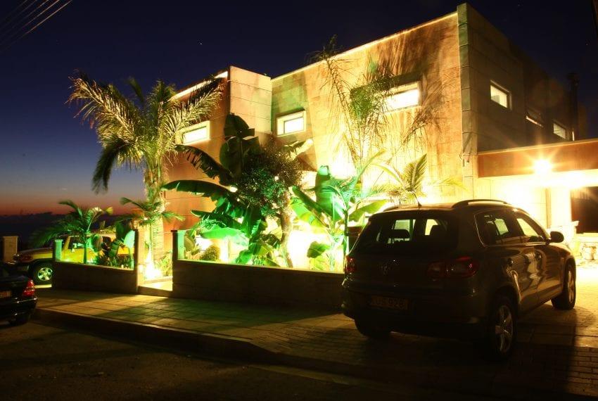 Modern 5 bedroom villa for sale Tala Kamares42