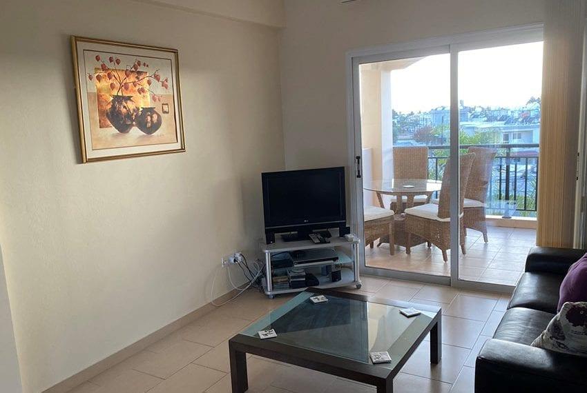 Top floor 2 bedroom apartment for sale Universal07