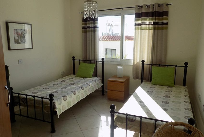 Peyia cottages spacious 2 bed apartment for sale09