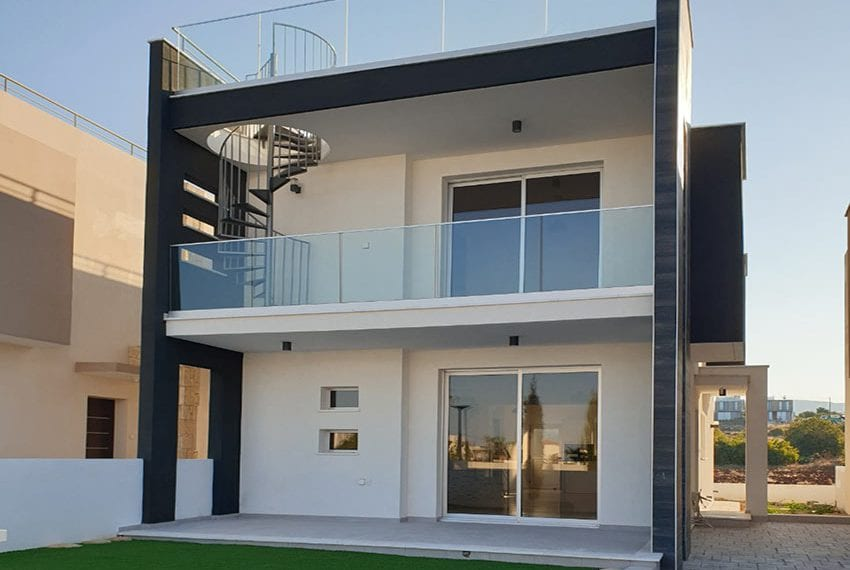 Modern villas for sale in Chloraka Pafos03