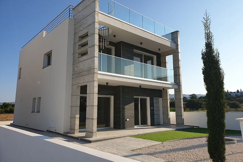 Modern villas for sale in Chloraka Pafos05