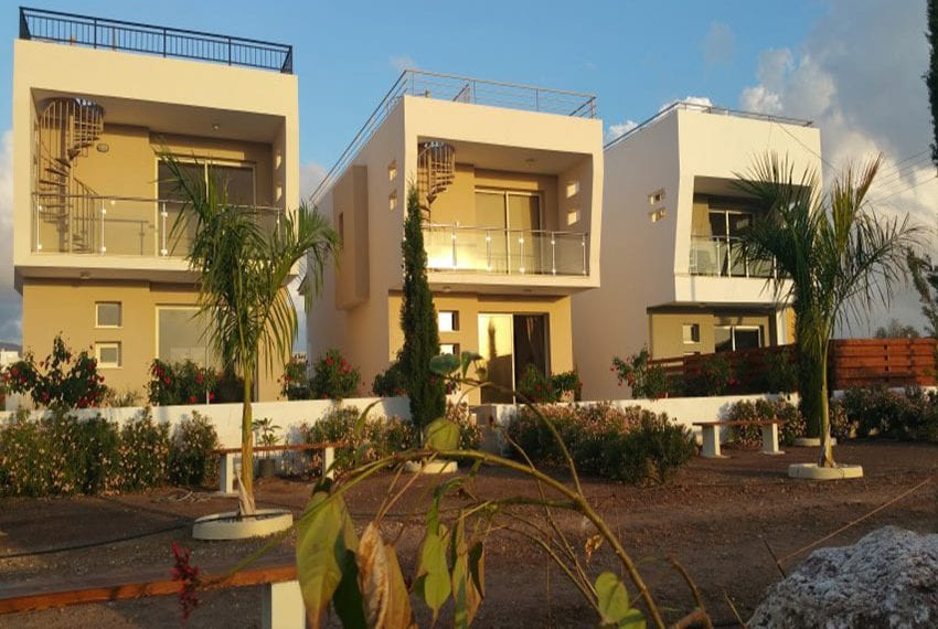 Modern villas for sale in Chloraka Pafos08