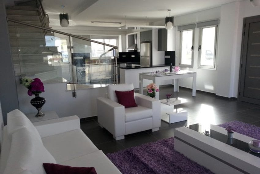 Modern villas for sale in Chloraka Pafos10