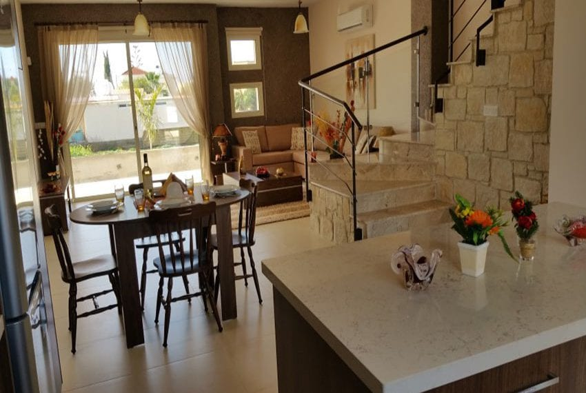 Modern villas for sale in Chloraka Pafos11