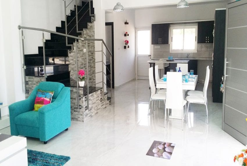 Modern villas for sale in Chloraka Pafos16