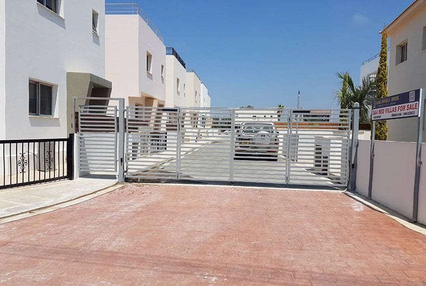 Modern villas for sale in Chloraka Pafos20